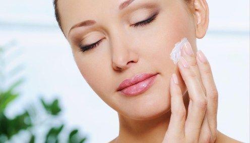 4 ingrediente care combat acneea eficient