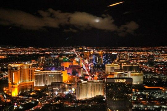 We know you're looking for things to do in Las Vegas, why not consider a walking tour! Las Vegas Walking Tours are fun, affordable, informative and quite possibly the best travel activity.