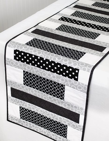Vogue Table Runner | Free pdf project from Fabric Editions