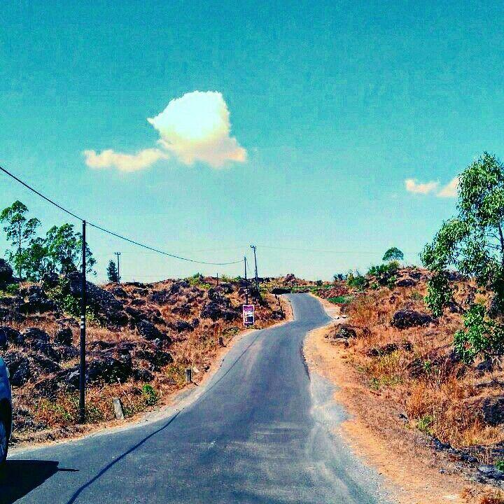 Dry road in batur volcano