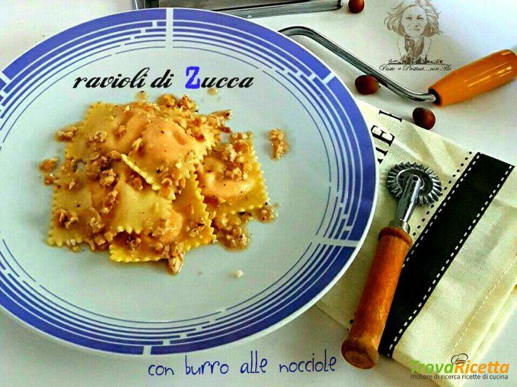 Ravioli di zucca e ricotta con burro alle nocciole  #ricette #food #recipes