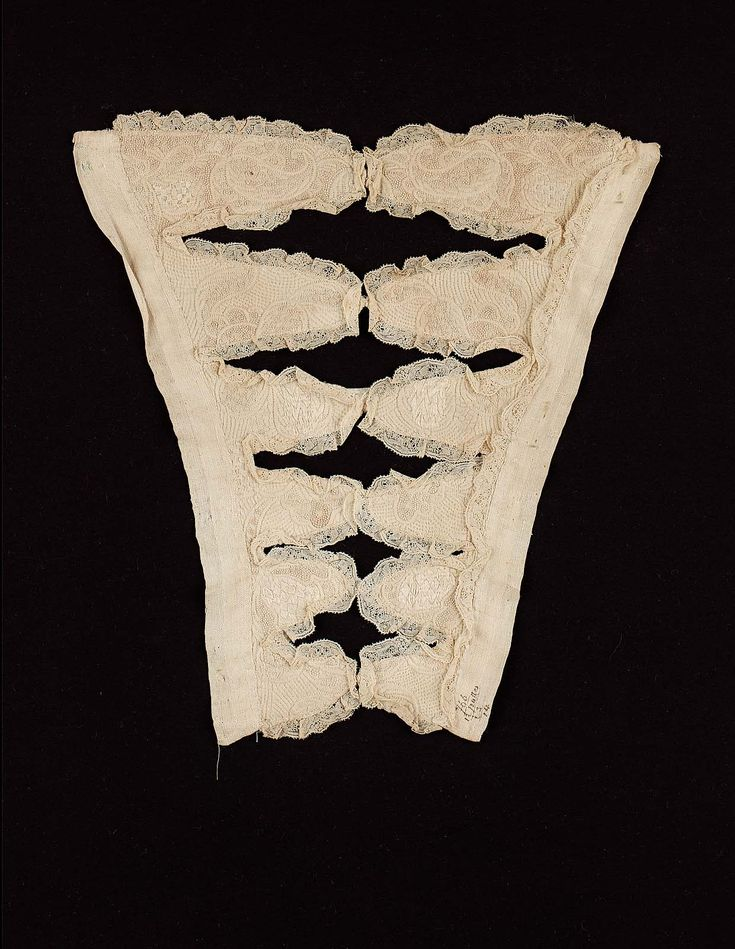1690-1710, England - Stomacher - Linen ground embroidered in cotton