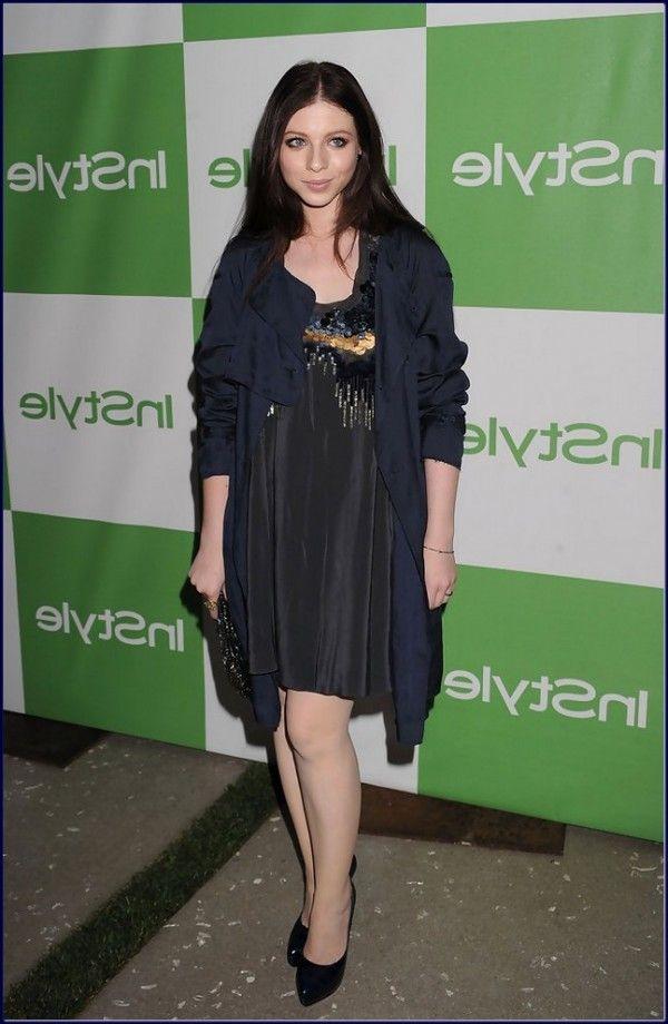 Michelle-Trachtenberg-Evening-Dress