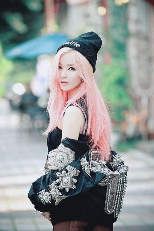 asian-emo-style-skinny-blonde-teen-pics