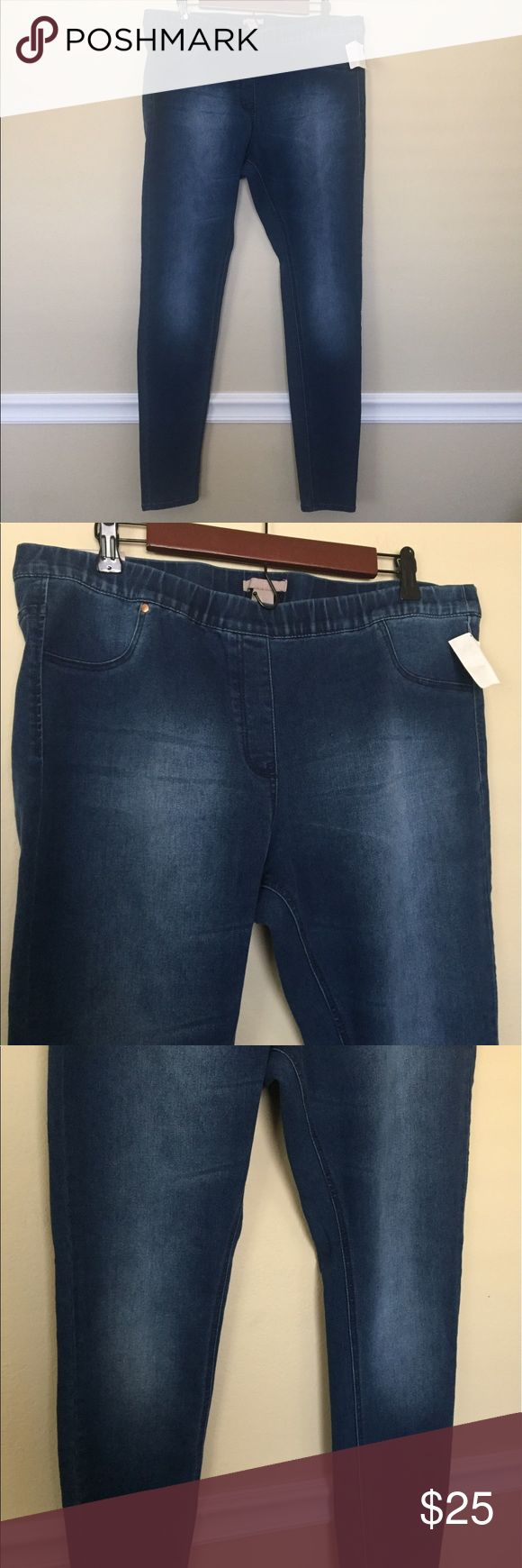 H&M Jeans Blue super slim skinny jeans from H&M size 18. They have a stretchy waistband, super comfortable jeans! Brand new with tag. H&M Jeans Skinny