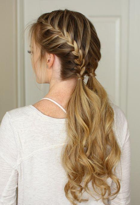 Stillen Sie Ihre langen Haare mit diesen schönen und hübschen
