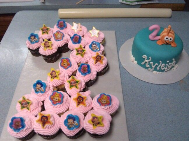 Bubble Guppies birthday cake