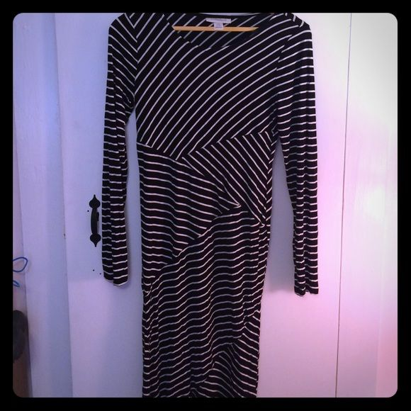 Black and white stripe Maternity dress Black and white stripe Maternity dress.  From Motherhood Maternity.  Great dress.  Very comfy.  Took me into my last days of pregnancy Motherhood Maternity Dresses