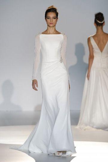 Los vestidos de novia de Franc Sarabia foto 02...
