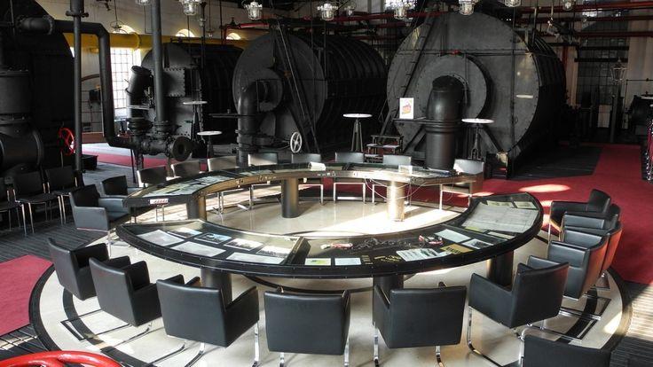 Muzeum Gazownictwa oddaje do dyspozycji gości stylową Salę Aparatownia, gdzie można zorganizować: konferencje, sympozja naukowe, imprezy biznesowe, spotkania kameralne, galerie i wystawy czasowe. Sala wyposażona jest w nowoczesny sprzęt audiowizualny umożliwiający prowadzenie spotkań i prelekcji.Otoczenie obiektu jest pełne urokliwej zieleni i w połączeniu z architekturą zagospodarowania, tworzy niepowtarzalną atmosferę, łącząc współczesność z urokiem tradycji. Zapewnione są miejsca…