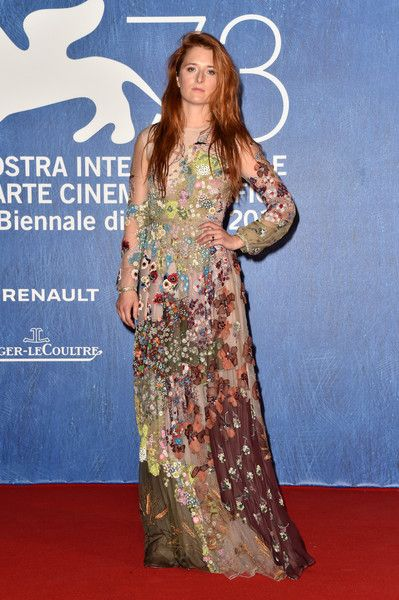 Grace Gummer - Every Stunning Look from the 2016 Venice Film Festival  - Photos