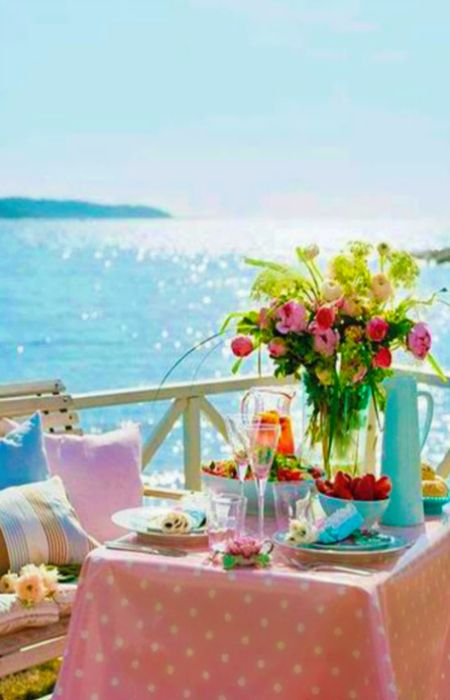 ♡ 11/3/16 Hi Maureen, Sorry I missed yesterday' I've set you up with this lovely lunch at the beach. Then you can go to the Hammock near by and rest and relax, maybe read. Then when you're ready, run right into those waves and cool off' Hope you enjoy dear Maureen' Hugs & Luv  xoxo