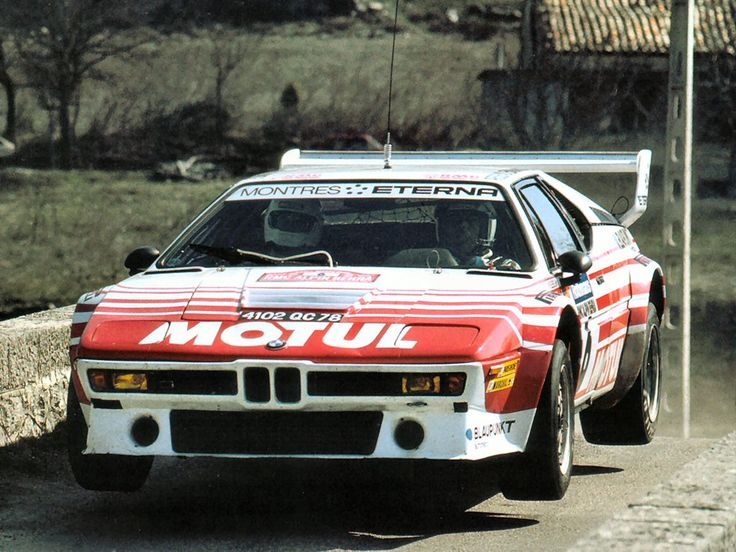 BMW M1 rally car