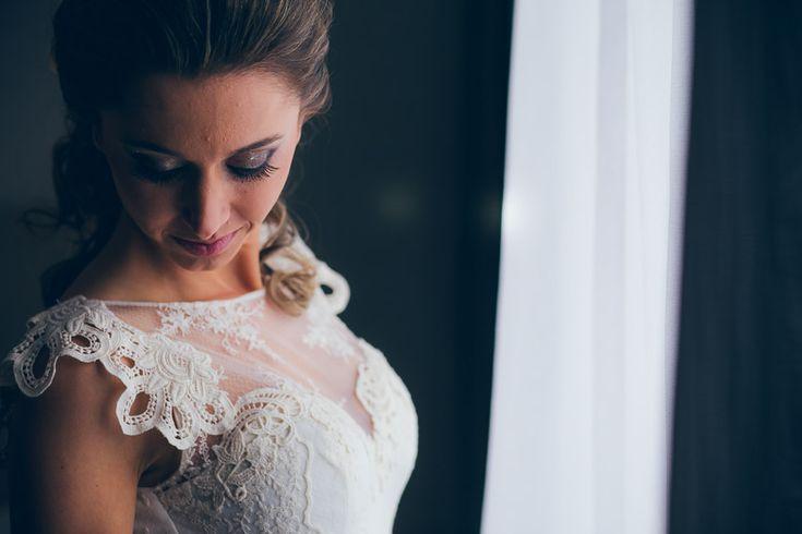"""O casamento da Bruna e do Danylo aconteceu mesmo graças à Dona Rita, mãe da noiva, quem insistiu dizendo assim: """"tem que fazer alguma coisinha, neh?!""""rs… E ela, muito esperta, avisava quando passava o programa Chuva de Arroz da GNT, especialmente os mini weddings, para a Bruna se animar! E não é que deu certo? ..."""