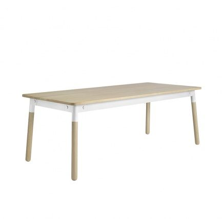 Adaptable matbord Ek/Vit - Muuto - Dennys Home