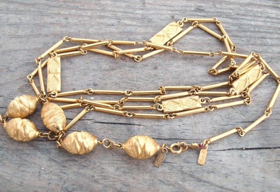 Vintage Monet Necklace/ 50 OFF with coupon code by goldenkisses, $10.00