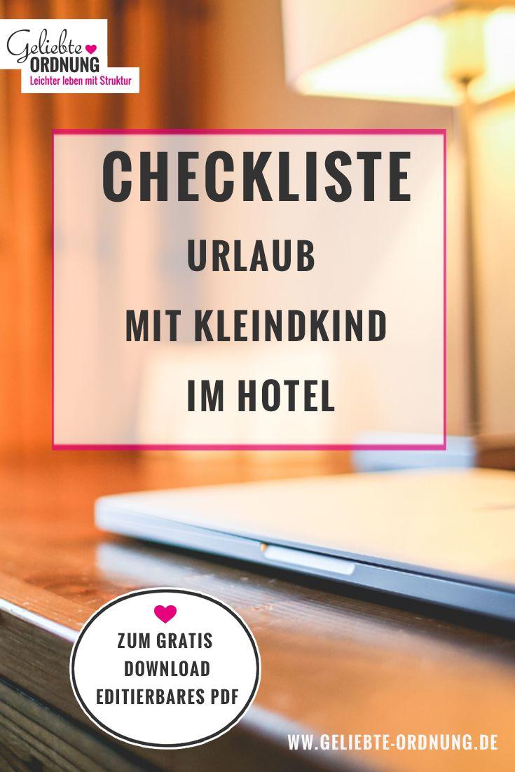 Urlaubscheckliste mit Kleinkind im Hotel, jetzt kostenlos downloaden. Zusätzlich editierbare Version für alle Newsletter-Abonnenten im Blog kostenlos.