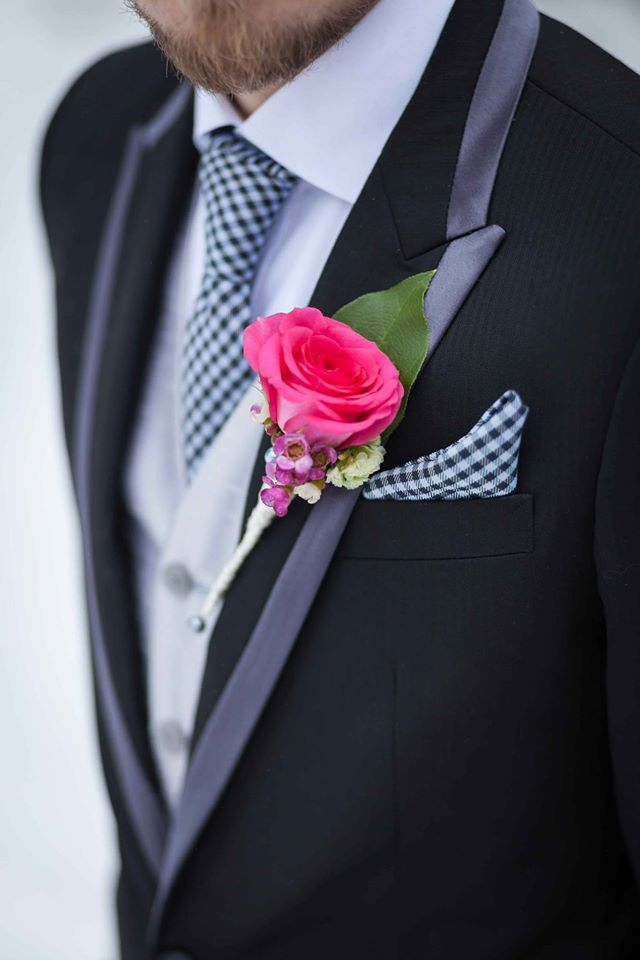 Details make a difference. Here are some awesome details for a groom!
