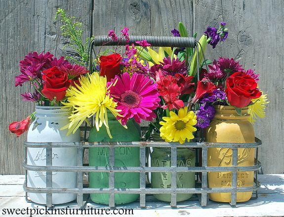 Sweet Pickins Milk Paint Colors Sausha shares how to paint mason jars with Sweet Pickins Milk Paint.
