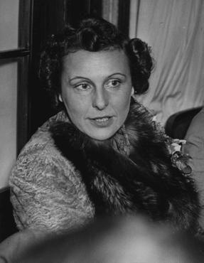 Retrato de Leni Riefenstahl, a mais famosa cineasta alemã da época nazista