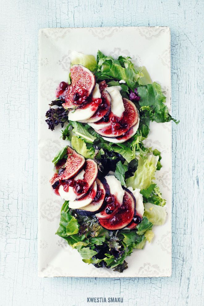 fig + mozzarella caprese salad / recipe