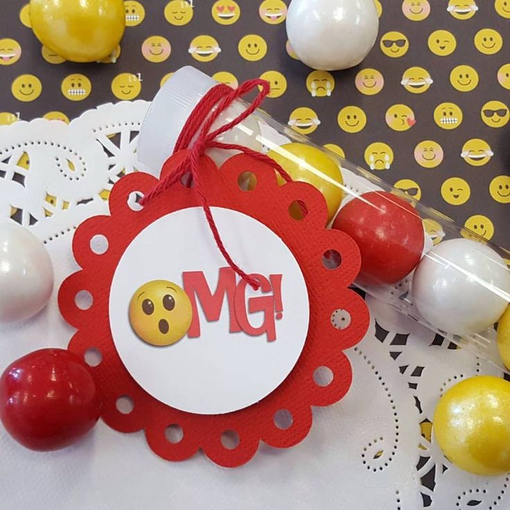 Have us create custom tags to complete your party favor vision!  Click through to see these fun circle tags.