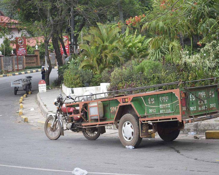 私たち BIG UP!! は独自の感覚で自然を感じ、世界の衣・食・住・香・空を伝えて行きます。 大地を歩き自然の恵みをみなさまに感じて欲しいと日々、活動しています。 アジアの写真を中心にそこにある素敵な空気をアップして行きます。 また、完全オーガニック最高品質のカンボジア・カンポット地方のカンポット ペッパーを あなたへお届けする準備をしています。   BIG UP!! crew