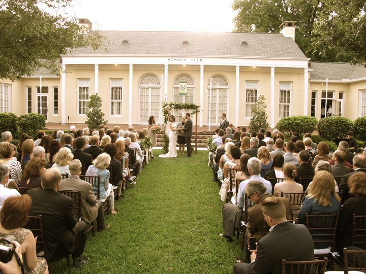 winter park womens club special event venue wedding venue indoor and outdoor ceremony and reception colonial style building central florida