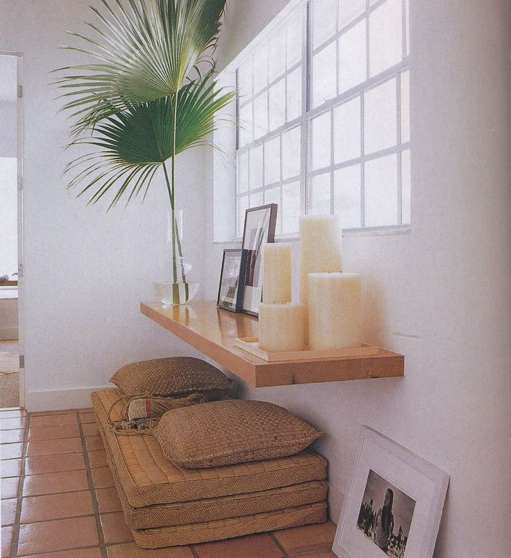 meditation nook, like the floating shelf as space saving way to offer alter space