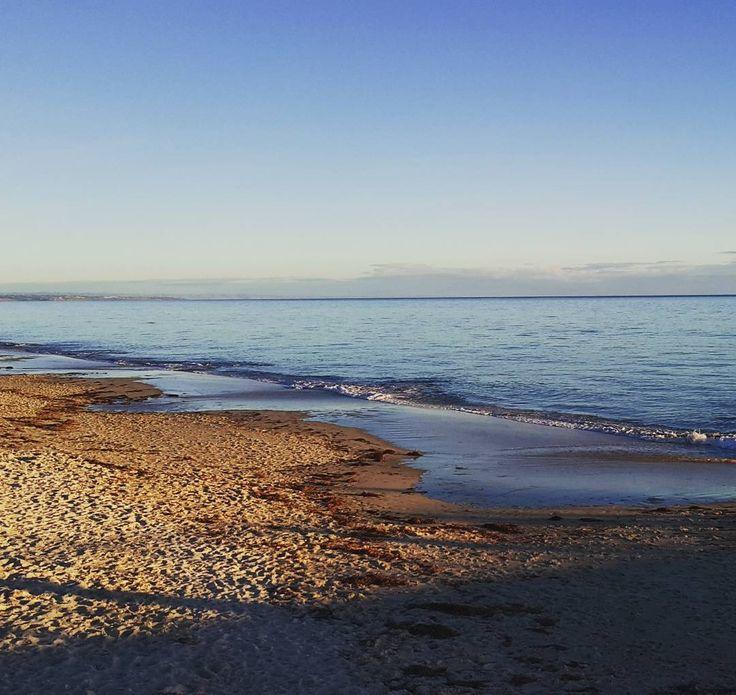 Km after Km of open beach 😍 #inlove #southaustralia #Adelaide #bestbeaches #sunset #chasingsunsets #lastpost #travel #sandybeaches
