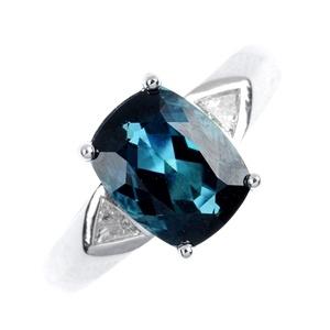 Stunning tourmaline & diamond ring