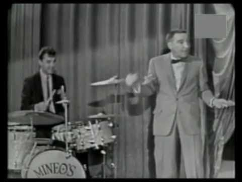1940s Music - BOOGIE BLUES - Gene Krupa Orchestra with Anita O'Day - YouTube