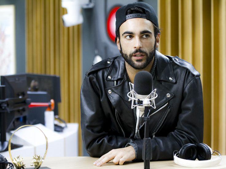 Foto da intervista a Deejay Chiama Italia - 25.11.2013 (Foto di Diego Linciano)