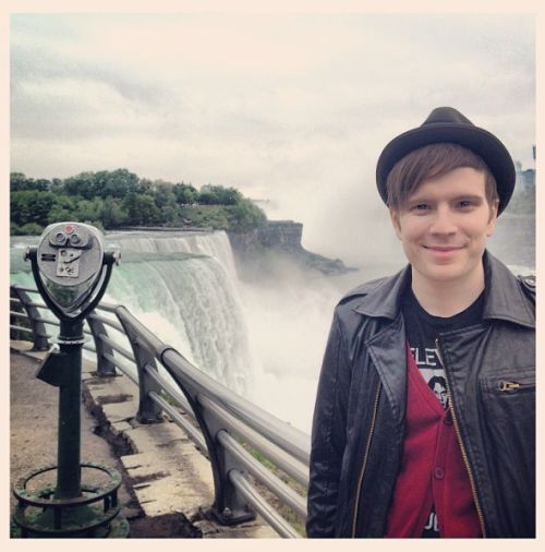 Patrick Stump & Wife Expecting First Child. Where the Fall Out Boy fans at?