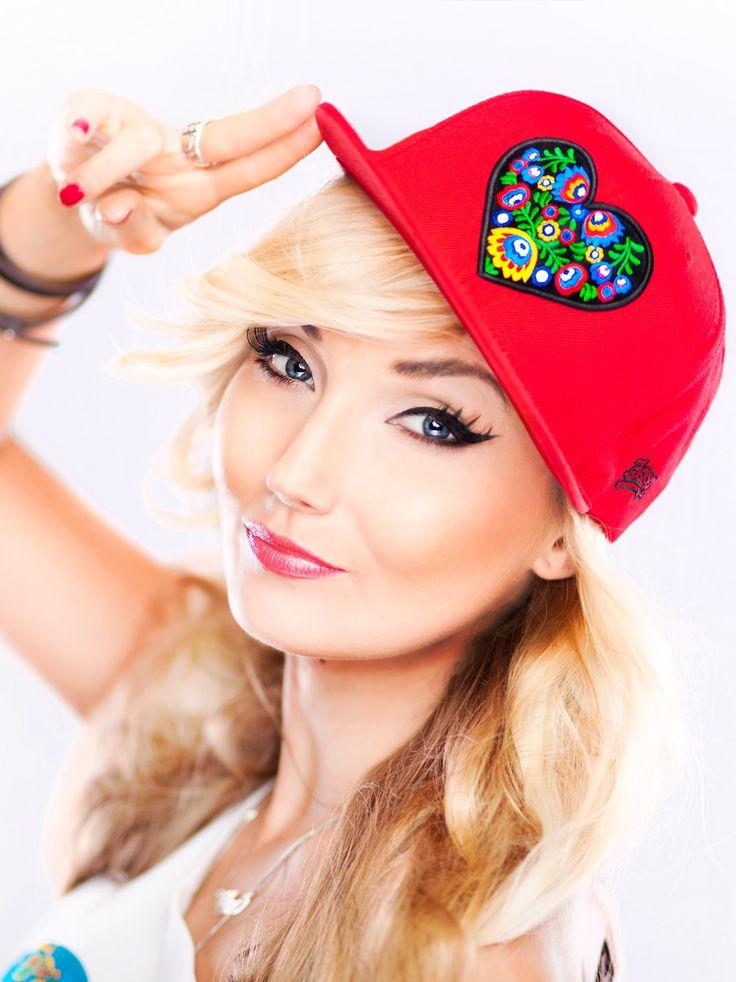 Heart Red cap - Slavica - Urbancity.pl