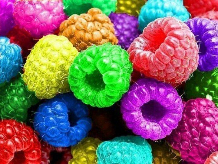 de la couleur et des framboise...tout ce que j'aime..