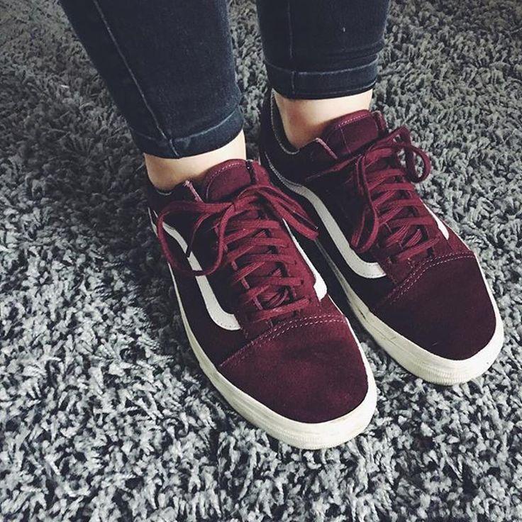 Trendy Sneakers  2017/ 2018 : Sneakers women  Vans Old Skool (snkrxhd)
