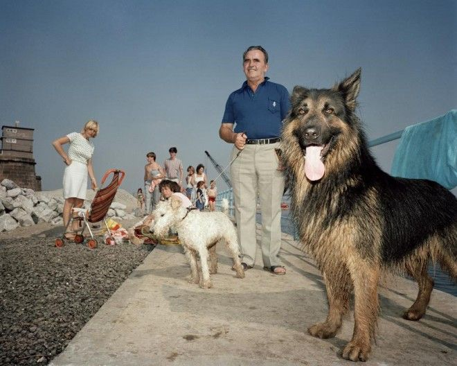 """Street Photography Book Review: """"The Last Resort"""" by Martin Parr"""