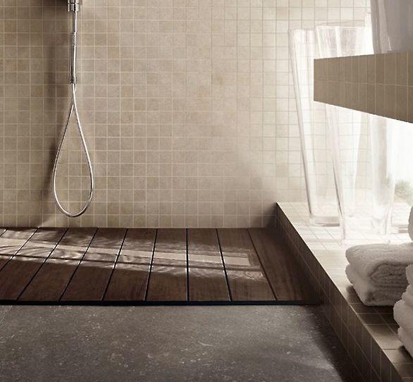 rivestimento piatto doccia in muratura con mosaico in gres porcellanato 5*5cm  VeB bagno figli ...