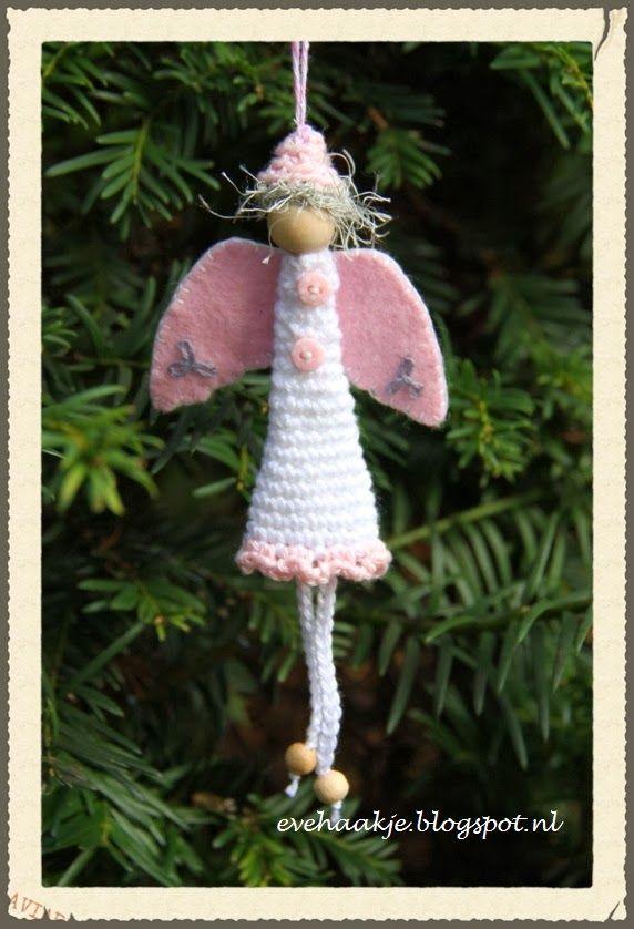 Haken en Kralen: Engel voor in de kerstboom - Angel christmas tree ornament