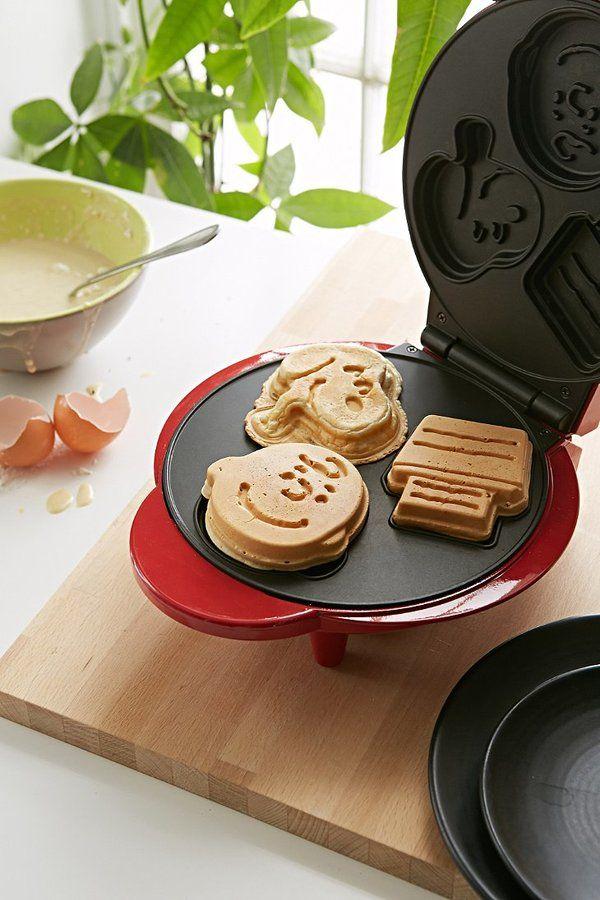 CUTE! Snoopy Waffle Maker