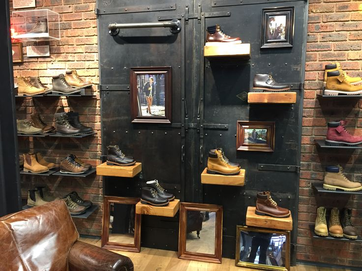 Individual shoe shelves