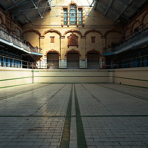 Olympic Size Swimming Pools With Mansions: 165 Best Images About Abandoned Pools On Pinterest