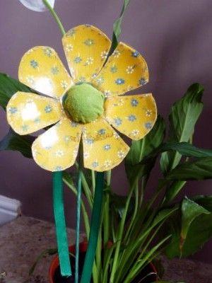 Kreatív ötletek: Tavasz - Újrahasznosított tavaszi virág