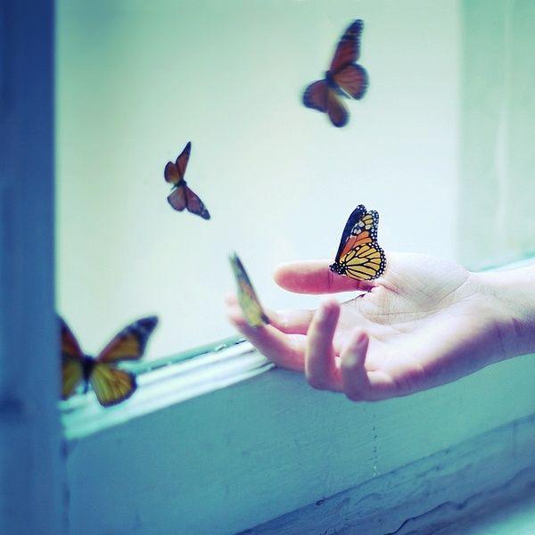 """The Wonderful """"Inner Worlds"""" by Julie De Waroquier"""