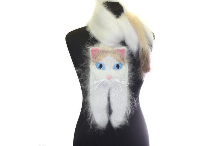 Chat turc de Van / Knitted Scarf / Fuzzy blanc doux par TaniaSh