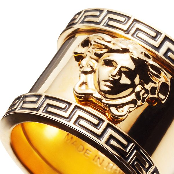 This statement ring has an iconic baroque appeal, adding a shiny touch to every look. #Versace #VersaceMenswear