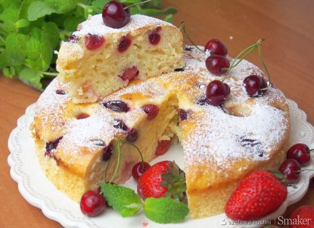 Ciasto serowe z truskawkami i czereśniami