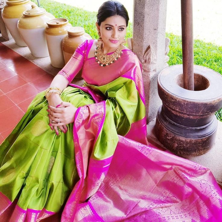 Sneha Green Silk Saree and like whole backdrop