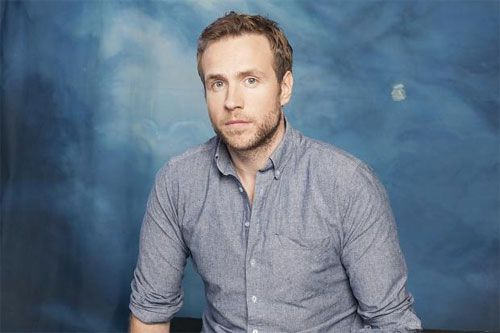 Latest obsession since seeing Constellations: Rafe Spall